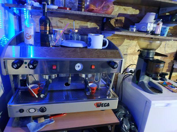 Кофемашина двухпостовая Wega Atlas