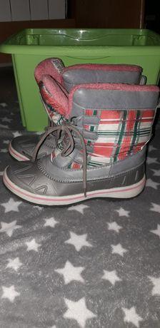Buty śniegowce- kalosze ocieplane dla dziewczynki r.35 z Lidla