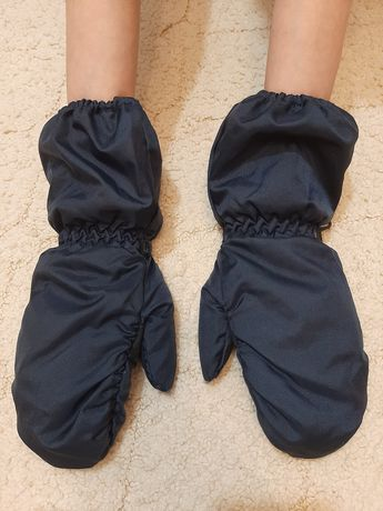 """Перчатки НОВЫЕ зимние водонепр""""Thinsulate thermal insulation""""на 7-9лет"""