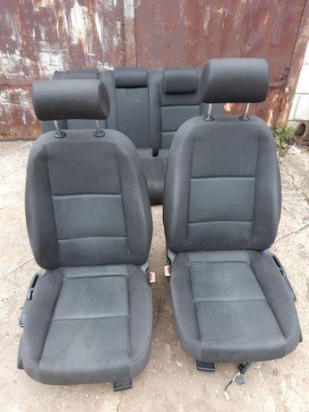 Audi A4 B7 sedan fotele komplet