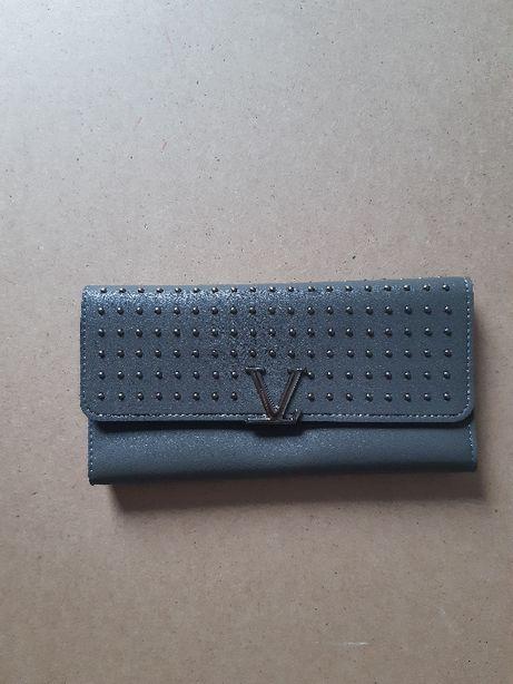 Nowy, lekki, szary portfel