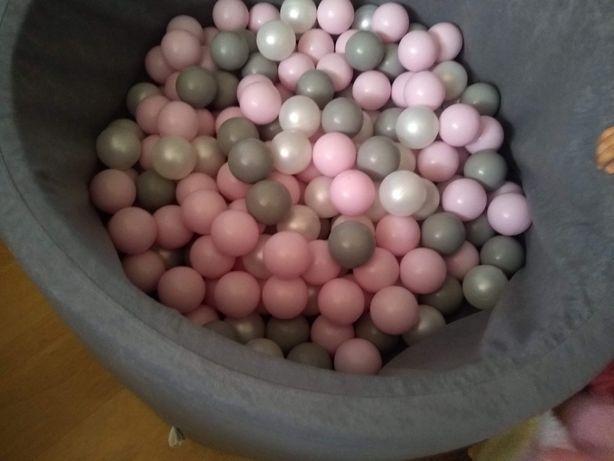 Basen z pileczkami 700 pilek