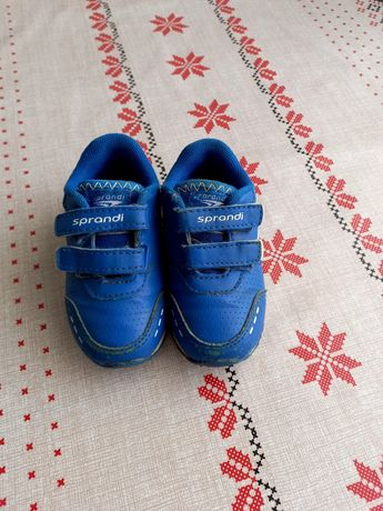 Продамо кроссовки для хлопчика
