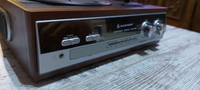 Radio z gramofonem Soundmaster. Jak nowe.