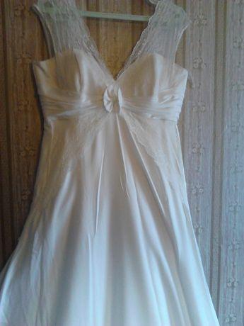 Платье свадебное платье БУ р.46-48