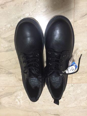 Лофери Zara,туфлі.