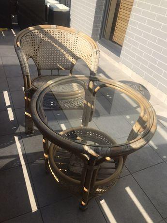 Stól szklany z krzesłem z bambusa
