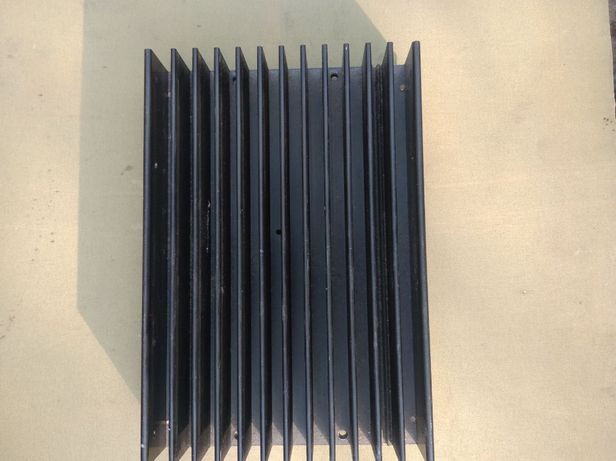 радиатор для электроники (алюминий 20.5х14х3.5 см.)