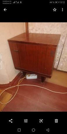 Продам мебель б/у. Старого образца.