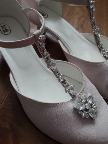 Buty na ślub i nie tylko firmy WITT