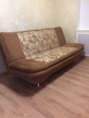 Продам диван в очень хорошем состоянии