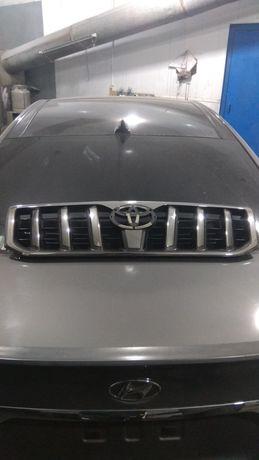 Продам решетку на Toyota Prado 120, оригинал
