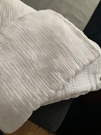 Pościel muślinowa zestaw biała poduszka kołderka srebrne serduszka