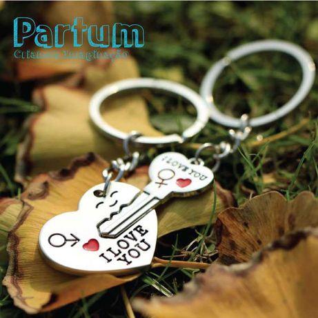 Porta chaves duplo coração com chave
