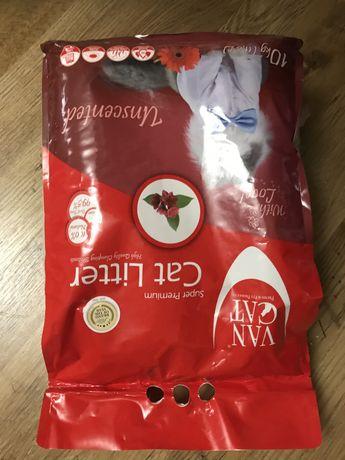 Песок VAN CAT осталась одна упаковка.
