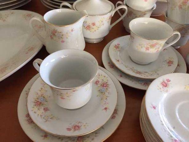 Serviço de chá e jantar NOVO em porcelana
