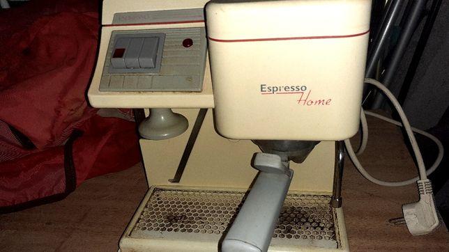 Máquina de café em po