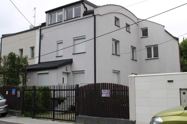 Dom na Podbipięty 47A