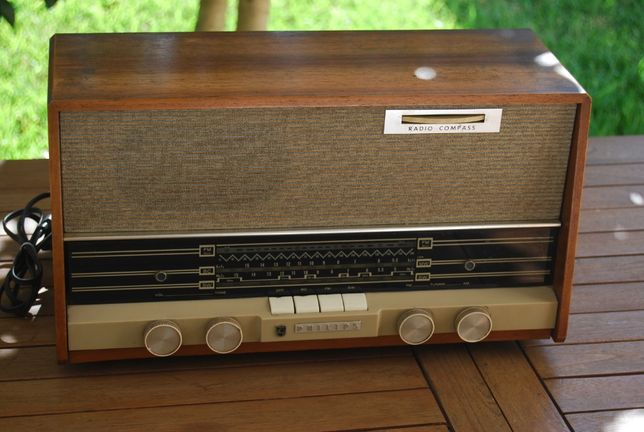 Rádio Válvulas Antigo