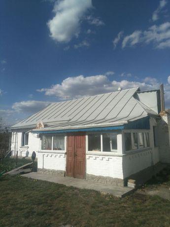 Продам жилой дом в с.Ягнятин Ружинского района Житомирской обл.