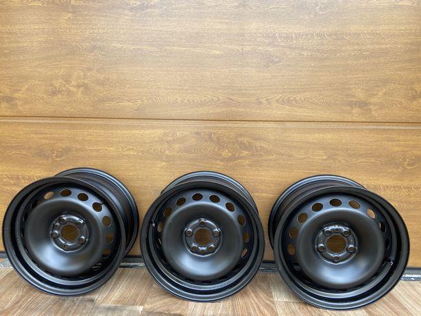 Продам диск сталевий R15 Et39 5*98 Fiat (є 3 диски) по-штучно,два,три!