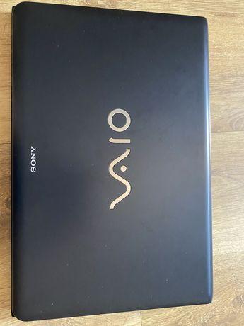Ноутбук VAIO E17 Series Laptop
