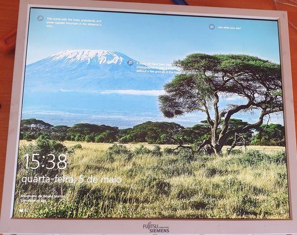 "Monitor Fujitsu Siemens 19"""