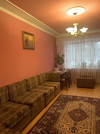 Продам 3-х кімнатну квартиру в районі Автовокзалу, вул.Орлова