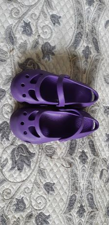 Crocs Кроксы оригинальные для девочки фиолетовые