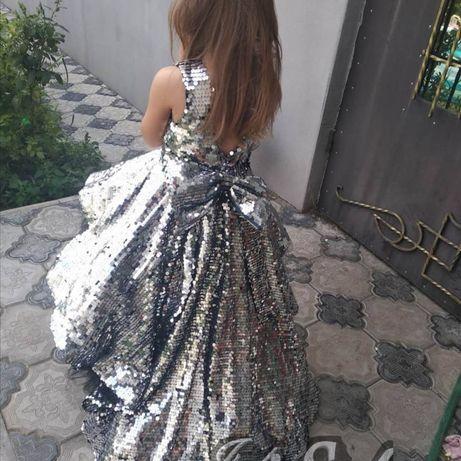 Нарядные праздничные платья на праздник пайетка паетка утренник конку