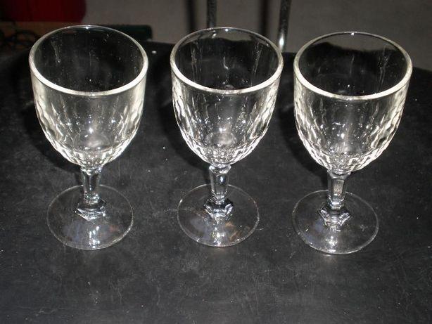 3 cálices vidro