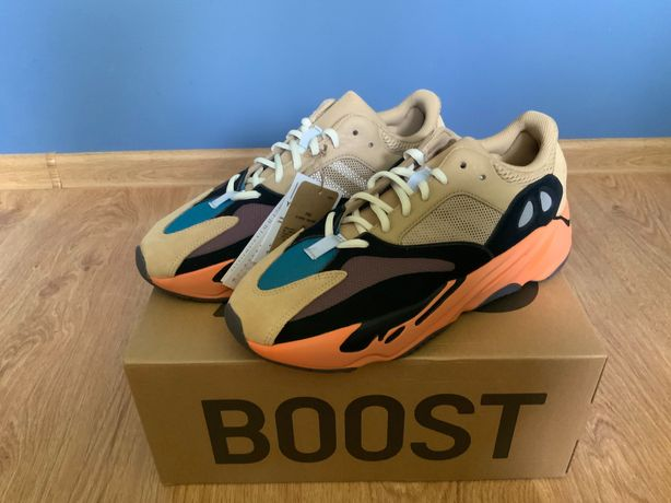 Yeezy Boost 700 amber enflame r. 44