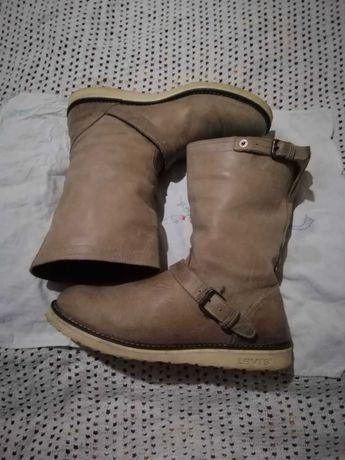 Брендовая обувь Levi's