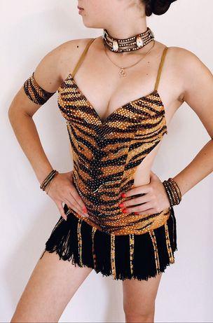 Латиноамериканское платье для бальных танцев