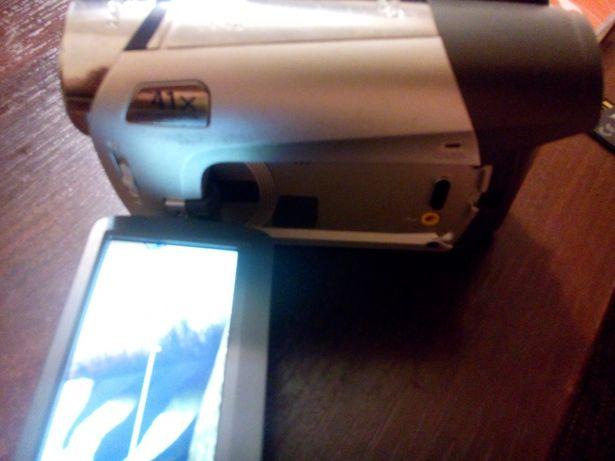 DVD Видеокамера Canon DC311