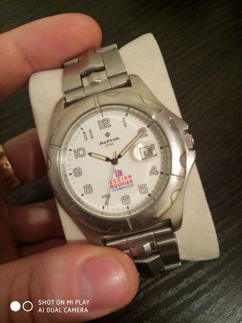 Часы Alpha Basic