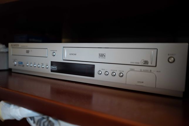 DVD/VHS-плеер Samsung DVD-V8500K