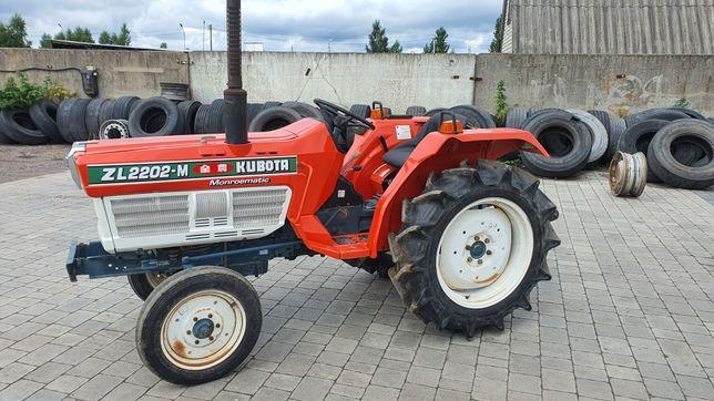 Kubota 22 к.с трактор японський кубота фреза янмар ізекі