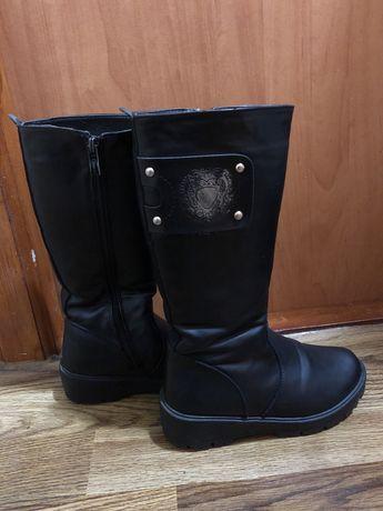 Ботинки, сапоги на зиму 35 и 38 размер