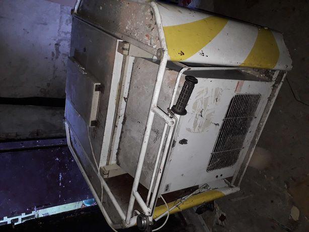 Wózek na zamrażarkę