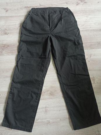 Spodnie robocze, bojówki