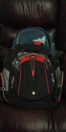 Продам рюкзак школьный ортопедический хорошего качества.