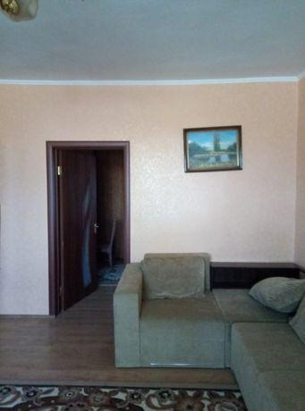 Продається два житла у одному будинку