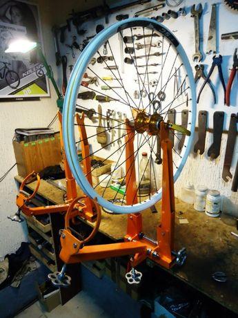 Станок для центровки колес