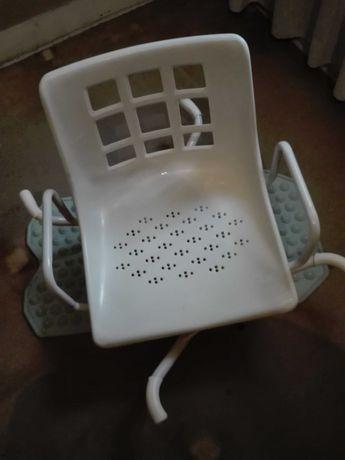 Cadeira de banho giratória para banheira