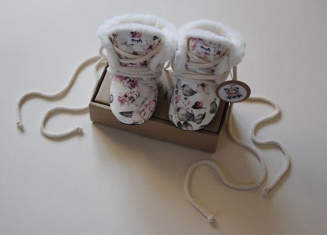 Niechodki pierwsze buty zimowe róże jak newbie kwiaty handmade