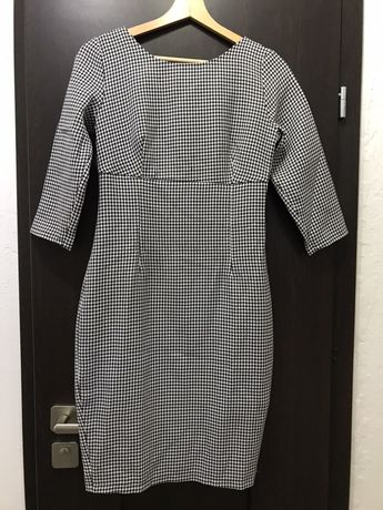 Elegancka sukienka Illuminate w pepitkę XS