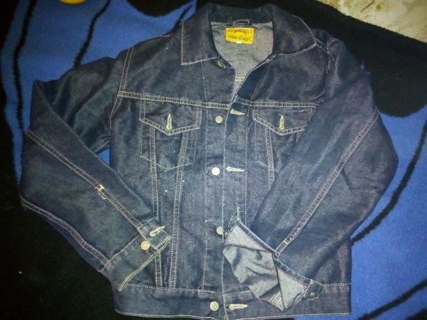 """Джинсовая куртка,подросток,размер """"М"""""""