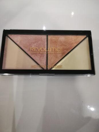 Rozświetlacz REVOLUTION