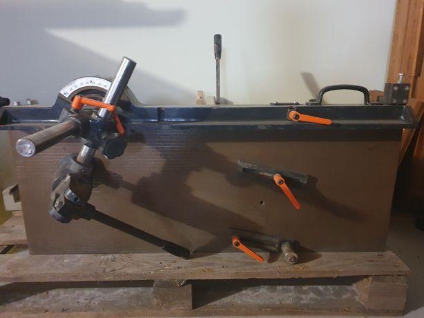 Urządzenie do czopowania FN-25 firmy GOMAD